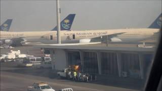getlinkyoutube.com-Saudi Arabian Airlines 747-300 Jeddah Departure