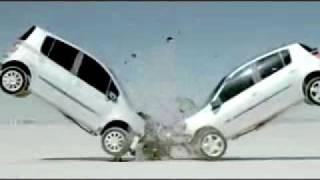 getlinkyoutube.com-Crash Test Renault