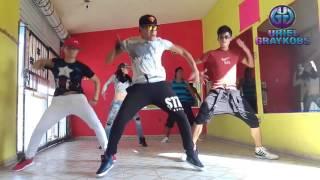 getlinkyoutube.com-PSY - DADDY(feat. CL of 2NE1) by Uriel Graykobs (Zumba Fitness)