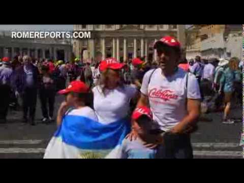 Family travels to Rome for general audience to see Pope together