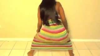 getlinkyoutube.com-jamaican girl sexy dance KONSHENS - GAL A BUBBLE.wmv