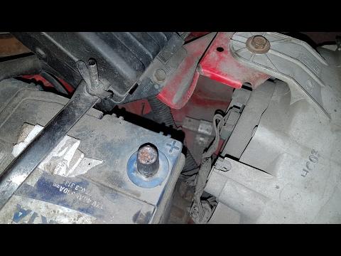 Где у Peugeot 807 находится предохранитель подсветки приборов