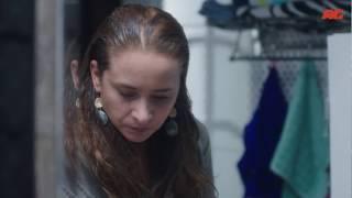 مشهد رائع لـ نيللي كريم وهى تتعاطى المخدرات في السر - مسلسل تحت السيطرة الحلقة الثانية