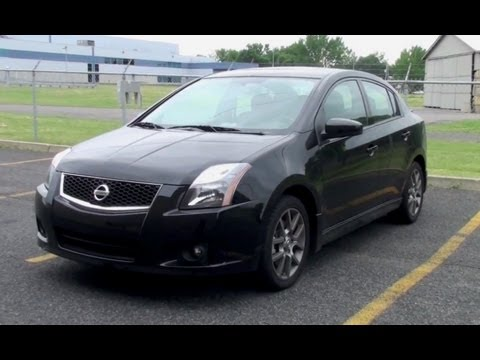 2011 2012 Nissan Sentra SE-R - Presentation, Startup , Walk Around