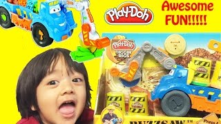getlinkyoutube.com-Play Doh Buzzsaw All Woodcutter Diggin' Rigs playset Playdough review unbox