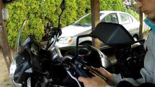 getlinkyoutube.com-Kawasaki Versys 650 - Oxford Heated Grips Install