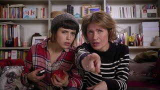 getlinkyoutube.com-Disney Channel - Pop, Pick, Play : Babysitting Night