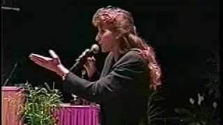 Cheri Boots-Sutton, 1999 International Auctioneer Champion