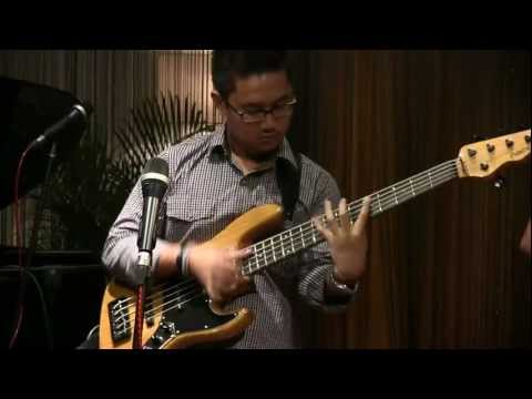 Indro Hardjodikoro The Fingers - Rencong @ Mostly Jazz 21/01/12 [HD]