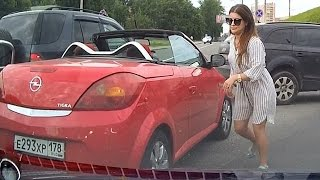 getlinkyoutube.com-Woman car crashes  ✦ women driving fails ✦  part 10
