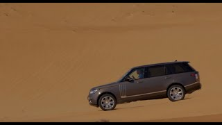 getlinkyoutube.com-Range Rover SVAutobiography Takes On Sand Driving