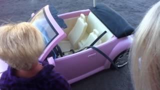 getlinkyoutube.com-Ken and Barbie Try to Go On A Date
