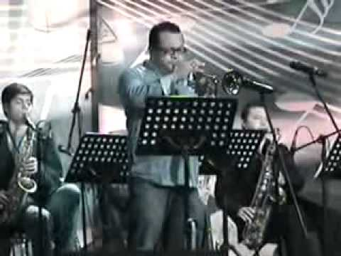 ToÑo Moreno Big Band  Chameleon