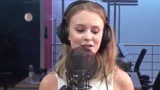 getlinkyoutube.com-Zara Larsson «Uncover» - SRF 3 Live Session
