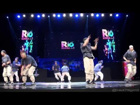 Jinjo Crew Performance @ R16 Korea 2012