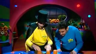 getlinkyoutube.com-the wiggles greg,s find the white chocolate game