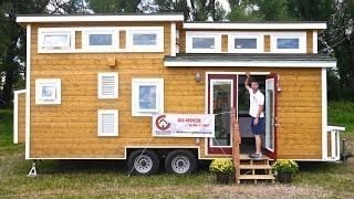 "getlinkyoutube.com-Tiny LUXURY House- All Off-Grid! ""Tiny House Chattanooga""!"