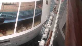 getlinkyoutube.com-Carnival Legend Crash 9 30 09