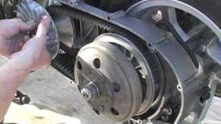 getlinkyoutube.com-07+ Suzuki Burgman 400 CVT Installation