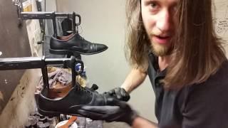 getlinkyoutube.com-Best shoe shine in this Galaxy, ASMR