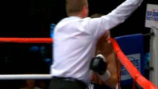 Amir Khan vs Graham Earl