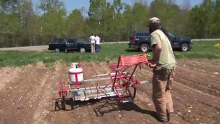 getlinkyoutube.com-Weedmaster Field Trial 1: Peacemeal Farm