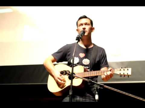 Joseph Gordon-Levitt sings Any Day Now at hitRECord WashU