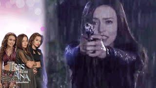 getlinkyoutube.com-Ana Laura mató a Valentín para salvar a Ramiro | Gran final de Tres veces Ana - Televisa