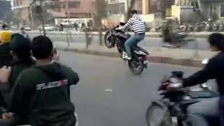 getlinkyoutube.com-South Delhi bikers gang........