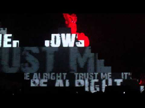 Roger Waters--Mother--Live @ Palau Sant Jordi Barcelona 2011-03-29