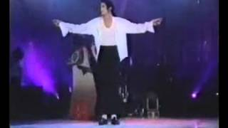 getlinkyoutube.com-Michael Jackson-will-you-be-there-live-bucharest.mp4