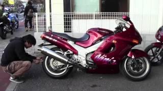 getlinkyoutube.com-カワサキZZR1100参考動画:1996年まで世界最速だったバイク