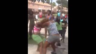 getlinkyoutube.com-Tampa Fl. Hood Fight