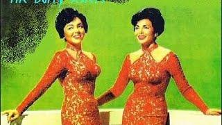 getlinkyoutube.com-Barry sisters - Tum Balalaika