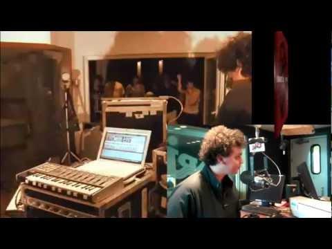 James Ford de Simian Mobile Disco / caissedeson.com