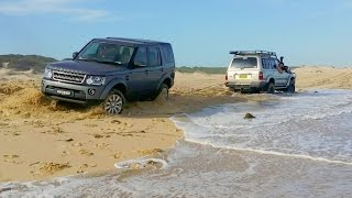 getlinkyoutube.com-Land Rover Discovery Recovered by Toyota Land Cruiser