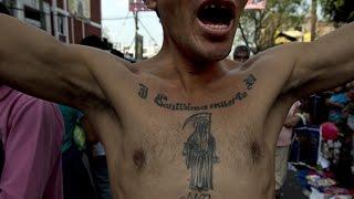 getlinkyoutube.com-Violento operativo en el barrio de Tepito, en México
