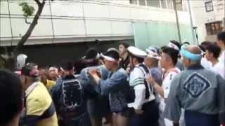 getlinkyoutube.com-★大乱闘・警察介入★平成26年 下谷神社 本社神輿渡御 東上野