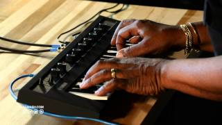 getlinkyoutube.com-Yamaha Reface CP Mini-Key Keyboard - Sam Ash Spotlight