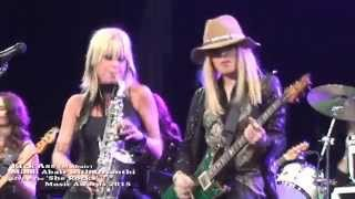 getlinkyoutube.com-Kick Ass – Mindi Abair with Orianthi LIVE @ The She Rocks Music Awards 2015