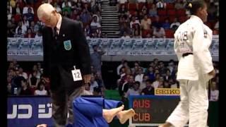 getlinkyoutube.com-female judo choke 1
