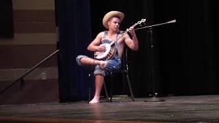 getlinkyoutube.com-Hillbilly Banjo Player in the Talent Show