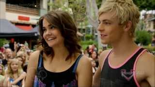 getlinkyoutube.com-Disney 365 - Ross Lynch & Maia Mitchell Teen Beach Movie Soundtrack Signing [HD]
