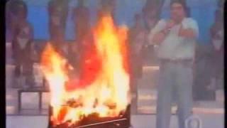 Churrasqueira explosiva no Domingão do Faustão (1994)