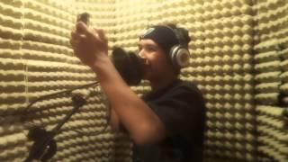 getlinkyoutube.com-Grabando en el estudio de RAP casero 2014 e informes de proximas pistas de rap!