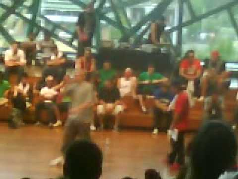 Defron vs Young Philly - Fed Square MC Final 1