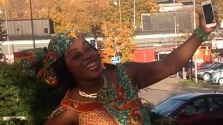 getlinkyoutube.com-Koffi Olomide - Selfie