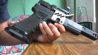 getlinkyoutube.com-SJC Customs Glock 17 Open Gun - The Run Down
