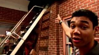 getlinkyoutube.com-Shake It Up - Set Tour - Disney Channel Official