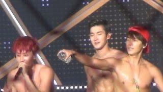 getlinkyoutube.com-[Super Junior Battle] SiWon vs LeeTeuk vs EunHyuk vs DongHae 'Perfect abs'